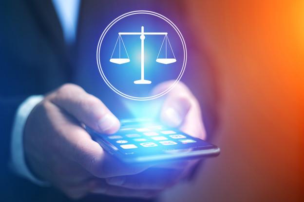 Seuls les cas graves ou qui menacent la sécurité publique pourront faire l'objet de demandes d'accès de la Justice aux données de télécommunication, estime la Cour de justice de l'Union européenne. (Photo: Shutterstock)