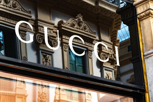 L'enseigne d'une boutique Gucci à Milan. (Photo: Shutterstock)