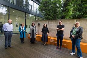 Les membres du jury étaient présents lors du vernissage. ((Photo: Nader Ghavami/Maison Moderne))
