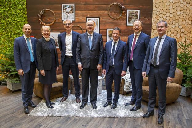 PhilippeMeyer, managing partner de KPMG Luxembourg (au centre de la photo), a présenté un chiffre d'affaires2019 en croissance de 8% par rapport à l'année précédente. (Photo: KPMG Luxembourg)