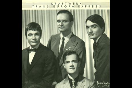 Le groupe Kraftwerk a ouvert la voie à la musique électronique avec une séquence rythmique expérimentale assortie d'une mélodie répétitive. (Photo: Capture d'écran Youtube)