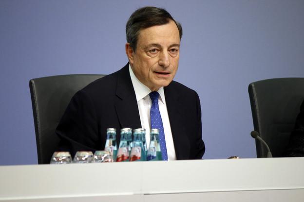 Mario Draghi repousse à nouveau l'idée de relever les taux d'intérêt. (Photo: Shutterstock)
