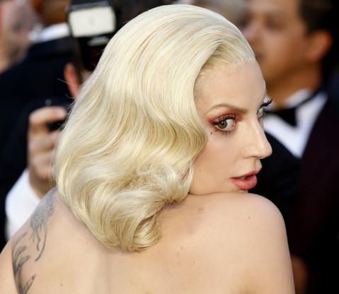 Lady Gaga a reçu son tout premier oscar pour le titre 'Shallow'. (Photo: Shutterstock)