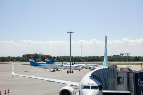 La baisse du trafic aérien affecte naturellement Luxair: 700 de ses 2.950salariés sont actuellement concernés par des mesures de chômage partiel. (Photo: Romain Gamba/Maison Moderne)