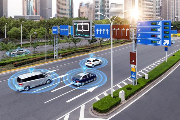 Près de 4.000 demandes de brevets autour de la voiture autonome ont été déposées à l'Office européen des brevets en 2017, principalement par Samsung (624), Intel (590) et Qualcomm (361). Un record. (Photo: Shutterstock)