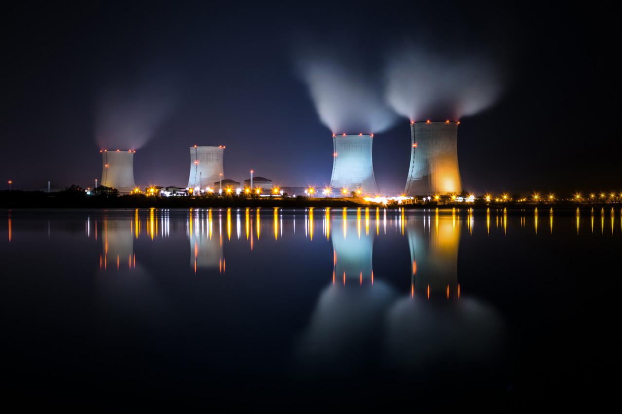 La fumée blanche de Cattenom devrait être visible au minimum jusqu'en 2032. Voire plus. Pour la Commission européenne comme pour le MIT, le nucléaire fera partie du mix énergétique contre les émissions de CO 2 . (Photo: Shutterstock)