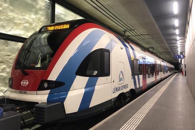 Les premiers trains du plus grand réseau RER transfrontalier européen ont commencé à s'élancer dimanche… malgré la grève en France. (Photo: Lémanis)