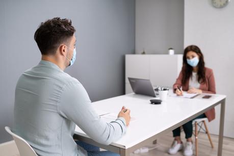 Passé au second plan pendant le confinement, le recrutement reprend progressivement dans les entreprises. (Photo: Shutterstock)