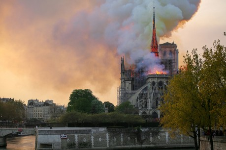 L'incendie tragique se serait déclaré aux alentours de 18h50 le 15 avril alors qu'un millier de personnes étaient présentes. (Photo: Shutterstock)