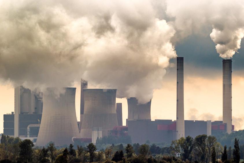 Les centrales au charbon restent le plus grand point noir en termes de production énergétique. (Photo: Shutterstock)