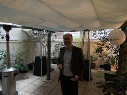 Le CEO de Lingua C ustodia, Olivier Debeugny, avant une triple soirée dans cette surprenante terrasse en plein coeur de Paris. ((Photo: Paperjam))