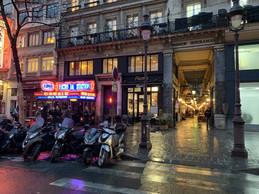 Le passage des Panoramas, le plus vieux et le plus long passage couvert de Paris, entre Montmartre et la Bourse. ((Photo: Paperjam))