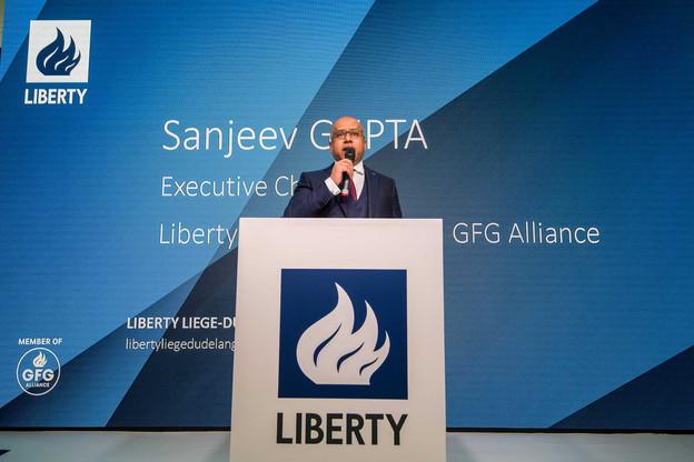 Le CEO de GFG Alliance, Sanjev Gupta, ici lors de la reprise de l'usine d'ArcelorMittal à Dudelange, a indiqué avoir des pistes pour se refinancer, demandant un peu de temps à ses salariés. (Photo: archives Maison moderne)