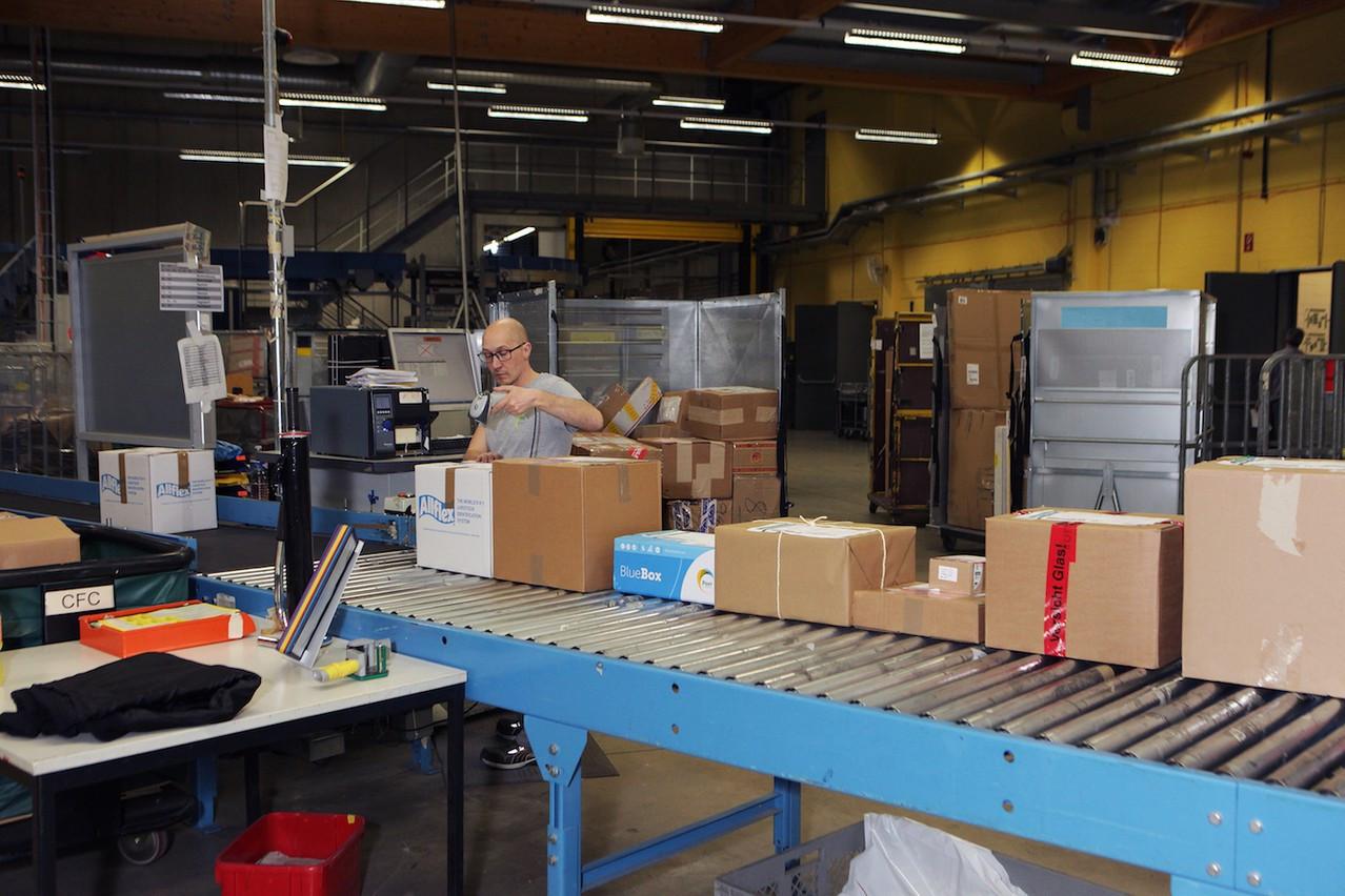 Pour réponse à la demande,les livreurs de MichelGreco et les facteurs de Post Luxembourg sont tous mobilisés en assurant des livraisons six jours par semaine. (Photo: Maison Moderne/Archives)