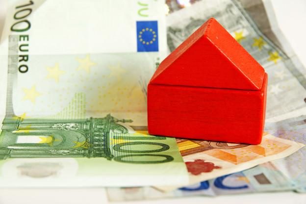 Les personnes les plus défavorisées dépensent jusqu'à 42% de leurs revenus pour se loger contre 14% pour les personnes les plus aisées. (Photo: Shutterstock)