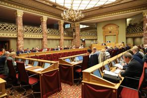 Le régime CovidCheck deviendra, dès le 1er novembre, obligatoire dans les bars et les restaurants et optionnel dans les entreprises et les administrations. (Photo: Chambre des députés/Flickr)
