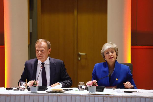 Le président du Conseil européen, Donald Tusk, et l'UE laissent six mois de plus à la Première ministre britannique, Theresa May, pour obtenir un accord. (Photo: Conseil européen)