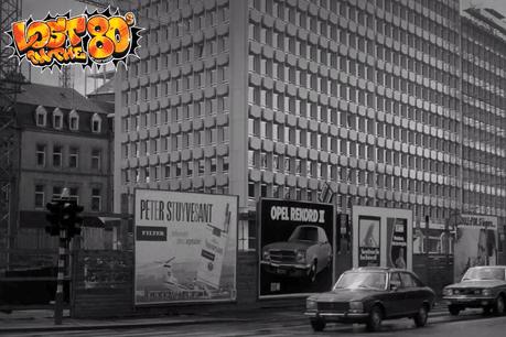 La transformation du boulevard Royal, rebaptisé boulevard «Banal» par certains, montre combien la décennie a vu le pays se transformer. (Photo: «Lost in the 80s» /Capture d'écran)