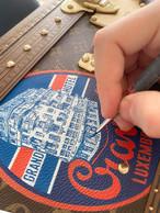 Ces détails sont peints à la main et le résultat d'un savoir-faire d'exception. ((Photo: Aymeric Masson/Louis Vuitton))