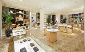 Pour la première fois, des pièces d'exception de joaillerie sont aussi présentées dans la boutique. ((Photo: Stéphane Muratet/Louis Vuitton))