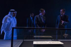 S.A.R. le Grand-Duc héritier et Manuel Rabaté, directeur du Louvre Abu Dhabi. ((Photo: SIP/Jean-Christophe Verhaegen))