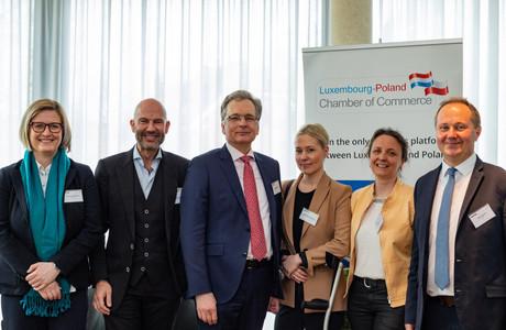 Renata Plewniak (LPCC), Serge Krancenblum (IQ-EQ), Roman Lewszyk (Moventum), Pia Libicka-Regulska (Ambassade de Pologne au Luxembourg), Agnieszka Nöel-Druzd (LPCC) et Artur Sosna (LPCC) (Photo: Ma Zagrzejewska)