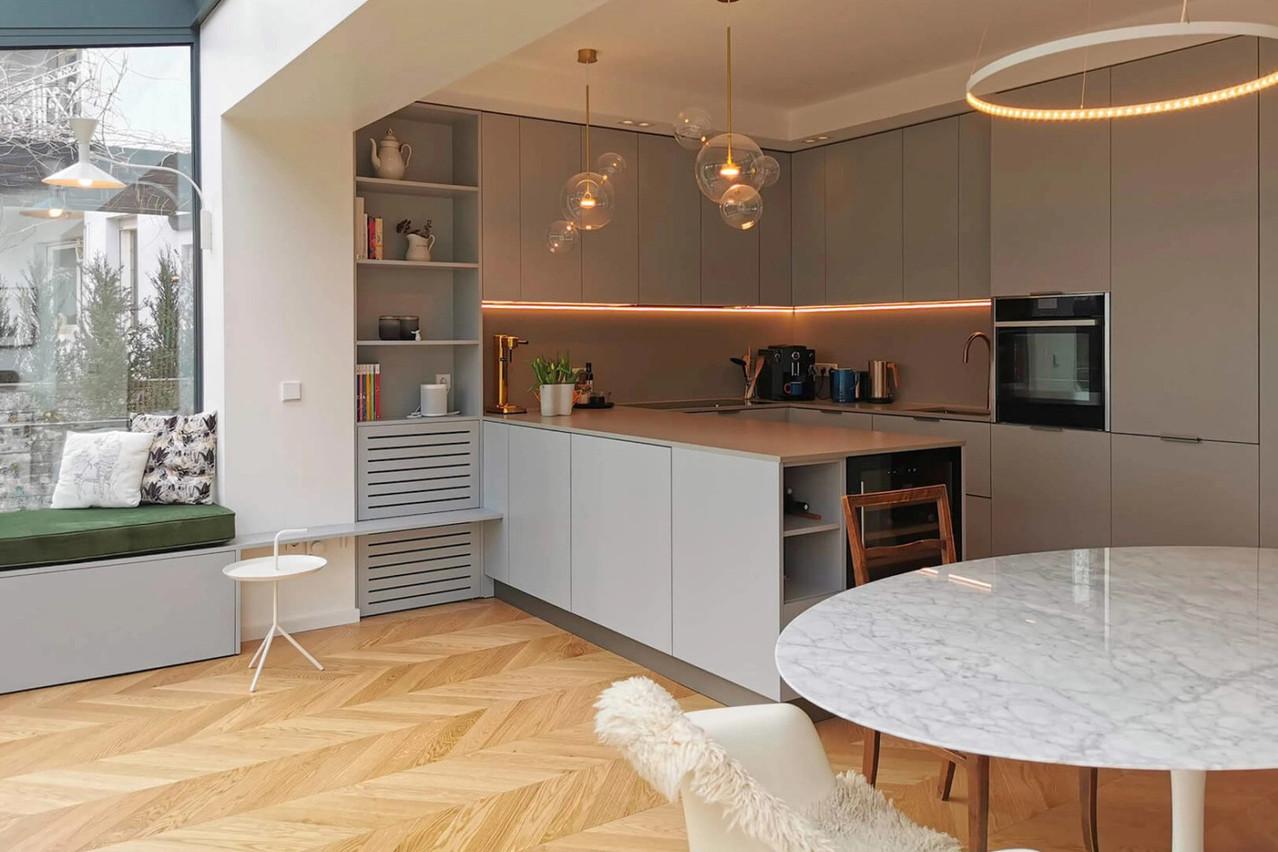 Après une extension et une rénovation, la cuisine et la salle à manger de cette maison de Gasperich étaient beaucoup plus lumineuses. (Photo: Ideas Factory)
