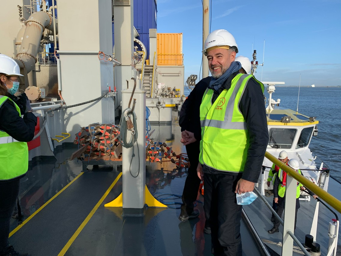 Franz Fayot, here aboard the Sanderus, wants to see a more sustainable mentality in the maritime sector. Photo: Franz Fayot
