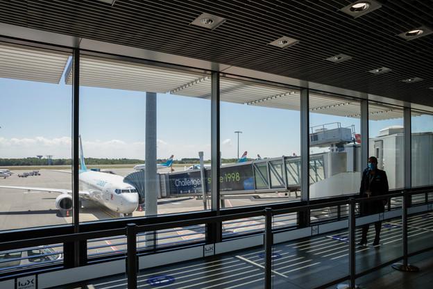 Les prévisions de Luxair montrent que le trafic loisirs devrait être quatre fois moins impacté que celui des affaires d'ici à l'an prochain. (Photo: Romain Gamba / Maison Moderne)