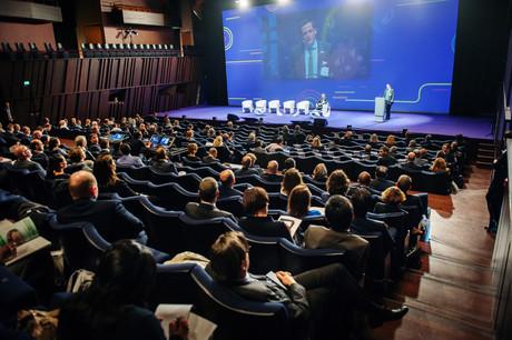 Forum européen des leaders du fret et de la logistique internationale. ® LCB