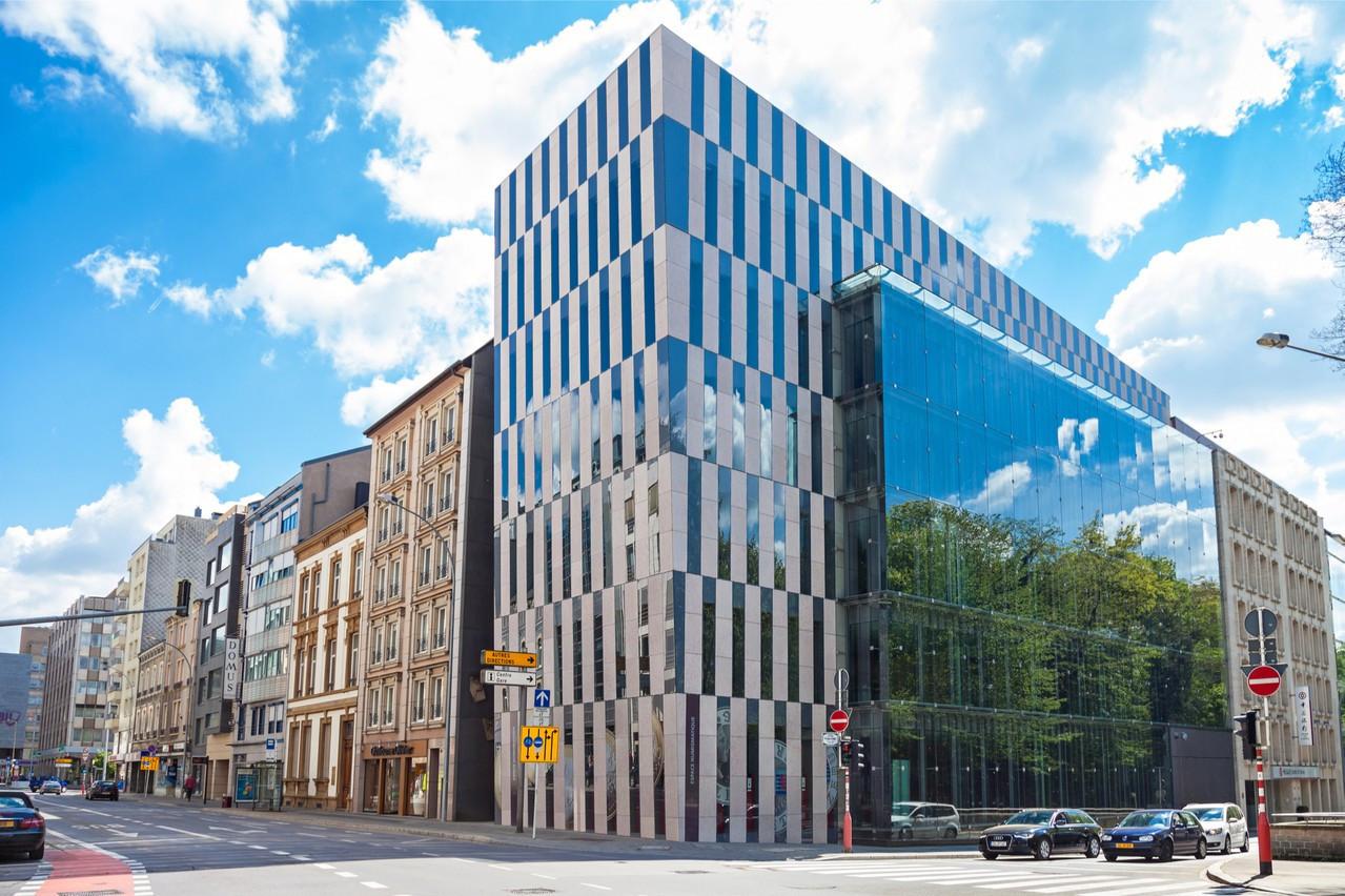 Au fil des années, de nombreuses banques ont en effet choisi d'installer au Luxembourg le siège de leur activité de gestion de fortune en Europe, dans le but de mieux servir leur clientèle internationale. (Photo: Shutterstock)