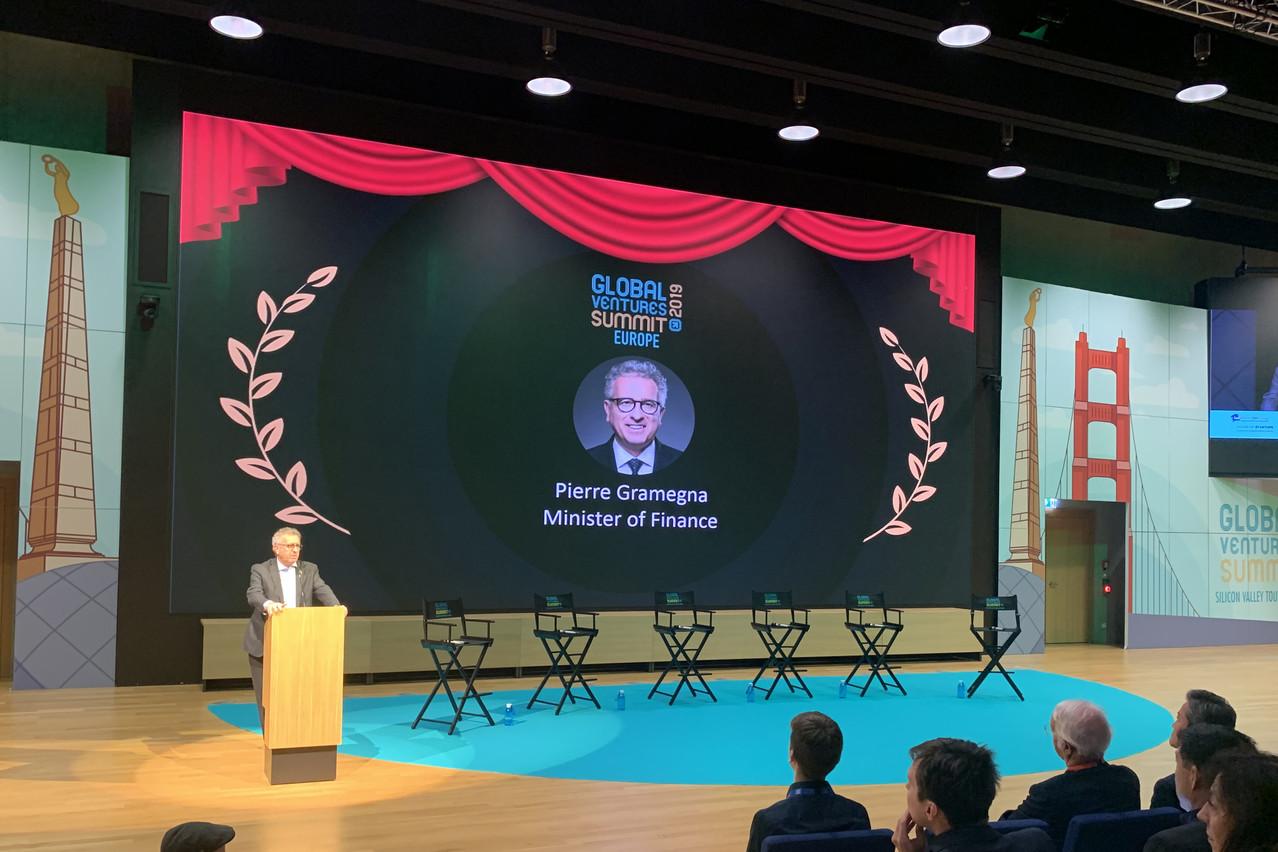 Le ministre des Finances, PierreGramegna, a laissé tomber la cravate pour adopter «le style de la Silicon Valley» lors de son discours d'ouverture au Global Ventures Summit, mercredi 20 novembre à la Maison du savoir à Belval. (Photo: Paperjam)