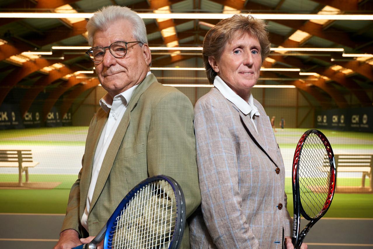 Yves Henry et Danielle Maas comparent leurs deux tournois. (Photo: Andrés Lejona/Maison Moderne)