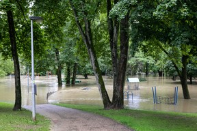 Le parc Laval n'a pas été épargné. ((Photo: Matic Zorman / Maison Moderne))