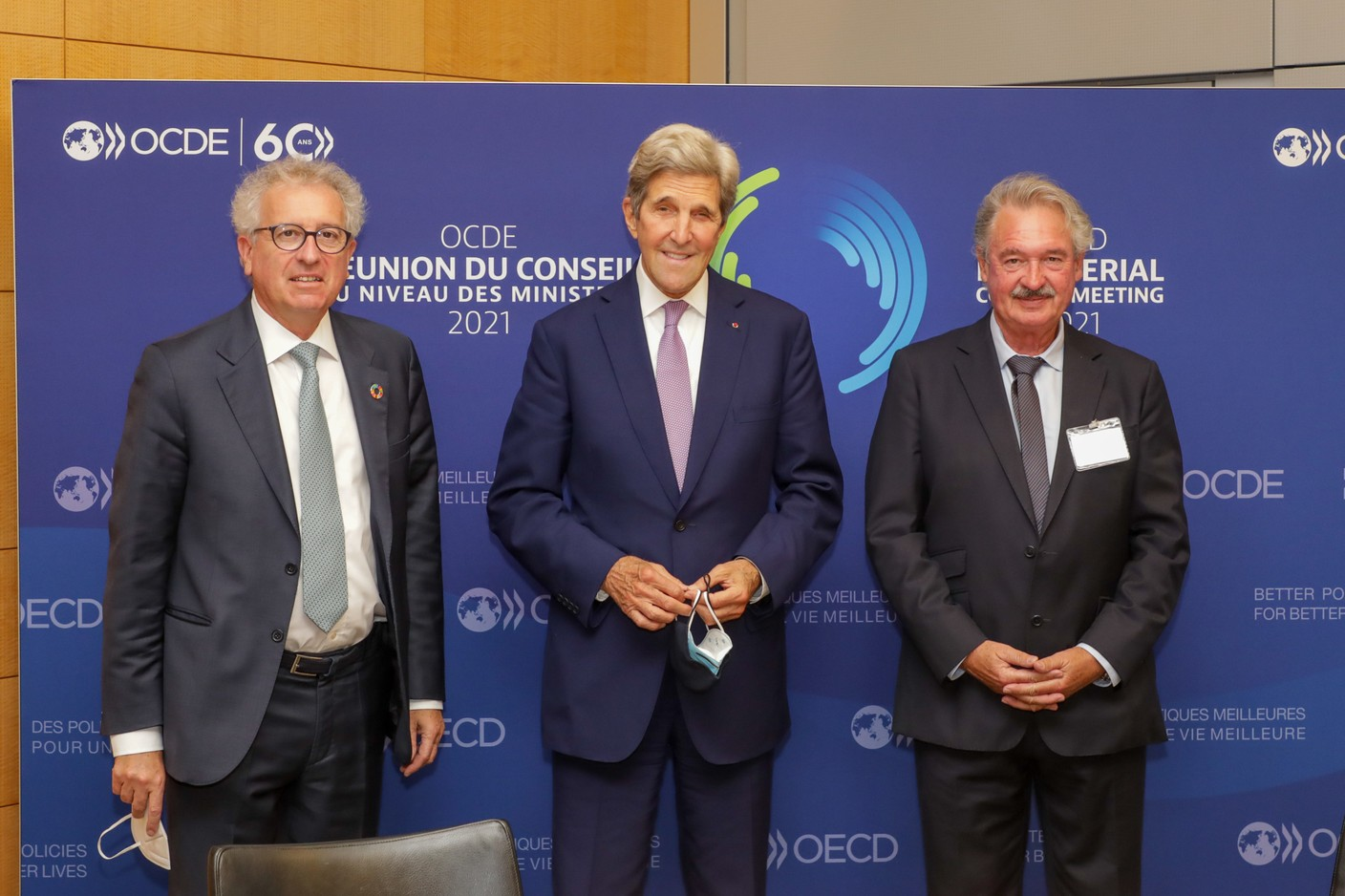 (from left to right) Pierre Gramegna, Minister of Finance; John Kerry, Special Envoy of the President of the United States of America on Climate Change; Jean Asselborn, Minister for Foreign and European Affairs SIP/LUC DEFLORENNE
