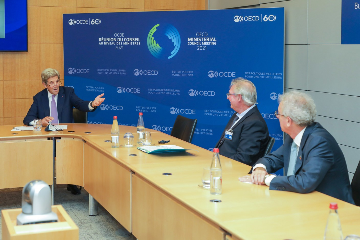 (from left to right) John Kerry, Special Envoy of the President of the United States of America for Climate Change; Jean Asselborn, Minister for Foreign and European Affairs; Pierre Gramegna, Minister for Finance SIP/LUC DEFLORENNE