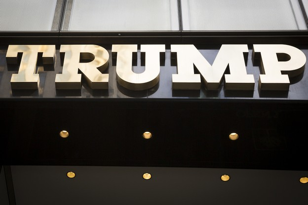 Dans l'impossibilité de prouver à l'EUIPO un usage réel sur le territoire de l'Union européenne de l'appellation «Trump», l'organisation du président américain a perdu ses droits exclusifs sur celle-ci. (Photo: Shutterstock)