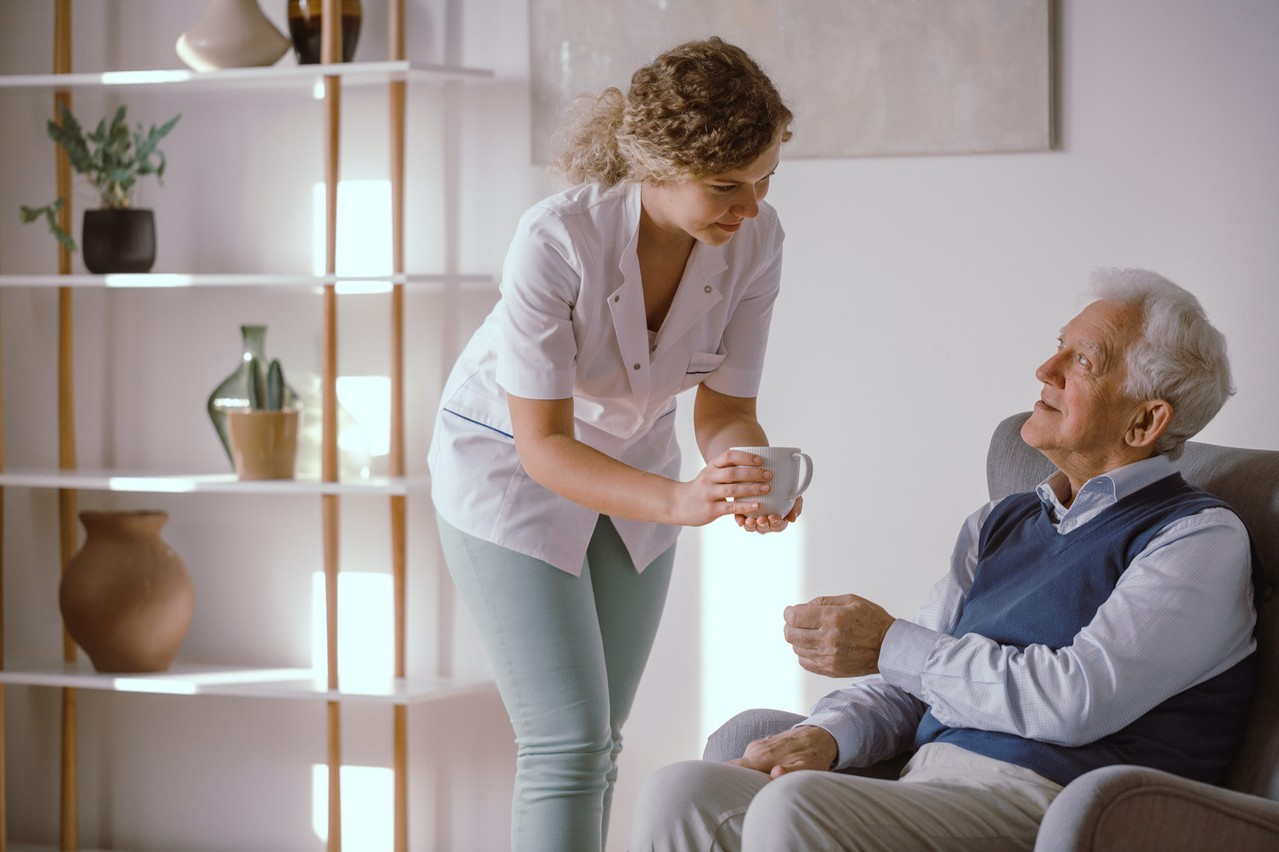 At the beginning of March, upon the retirement of its founder, Pflegebutler (17 assisted living facilities) found fresh capital to fuel strong growth by 2023. (Photo: Shutterstock)