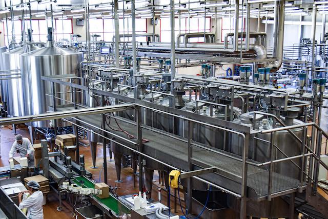 L'unité de production de glaces de Luxlait peut générer jusqu'à 300.000 litres les mois d'été. (Photo: Luxlait)