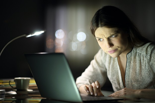 Dès qu'il s'agit de questions bancaires ou, comme ici, de Luxtrust, le doute sur l'origine d'un mail ou d'un SMS doit profiter à la banque ou à Luxtrust: ne pas cliquer est le bon comportement. (Photo: Shutterstock)