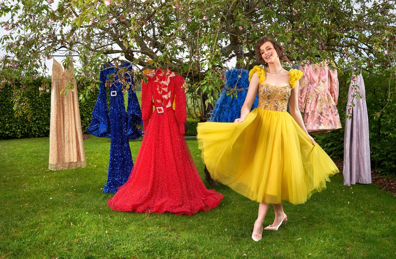 Mélody Funck collectionne des robes qui vont de la plus chic à la plus féérique. (Photo: Andrés Lejona/Maison Moderne)