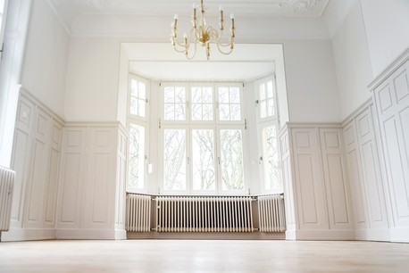 Six chambres, quatre étages, construit en 1900. Surface de 270m 2 . Prix: 3.250.0000€ (Crédit: Immophoto)