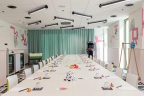 Les Ateliers sont des salles qui permettent les réunions au sein de l'espace de coworking. ((Photo: Romain Gamba / Maison Moderne))
