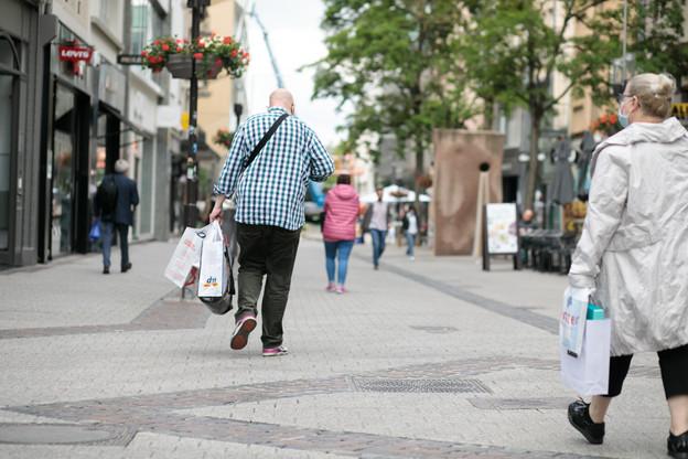 Les commerçants espèrent que les chalands seront au rendez-vous, mais sont conscients du fait que le contexte sanitaire pourrait en décourager certains. (Photo: Matic Zorman / Maison Moderne)