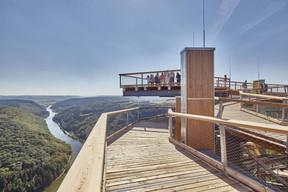 La plateforme de 70m² au sommet de la tour offre une vue panoramique imprenable sur le parc naturel Saar–Hunsrück. ((Photo: LukasHuneke))