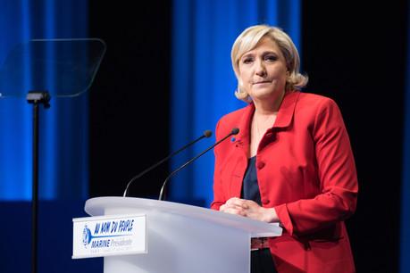 Marine Le Pen doit reverser 298.497 euros au Parlement européen pour la rémunération indue de son ancienne secrétaire personnelle comme assistante parlementaire. (Photo: Shutterstock)