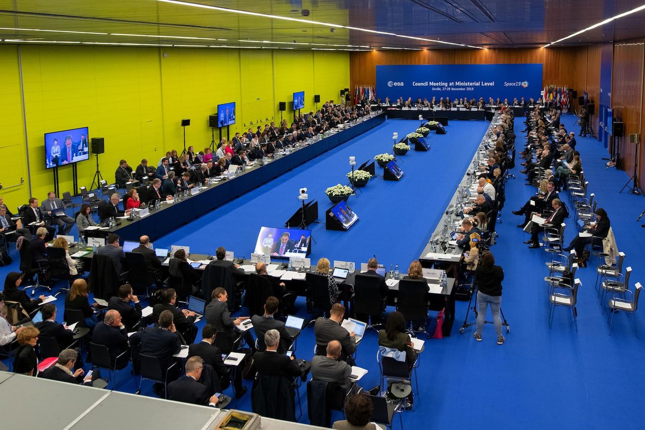 Les ministres en charge de l'espace de 22États membres de l'Agence spatiale européenne doivent se mettre d'accord sur le financement des programmes des trois prochaines années. (Photo: ESA / Stephane Corvaja)