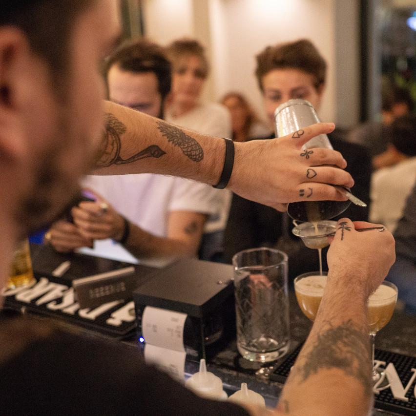 Des associations audacieuses comme le miel aux champignons et le thé fumé étaient au menu de la soirée. (Photo: @by.lynne.tyson)