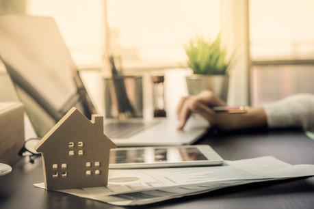 La période de confinement a été l'occasion, pour certains, de concrétiser un projet immobilier qui était en sommeil jusque-là. (Photo: Shutterstock)