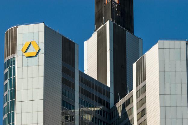 La maison mère de Commerzbank, basée à Francfort, a décidé un plan de suppression de 10.000 emplois d'ici 2024 qui risque de faire exploser la filiale grand-ducale. (Photo: Shutterstock)